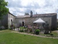 French property for sale in ST GENIS DE SAINTONGE, Charente Maritime - €424,000 - photo 3