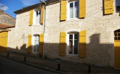 French property for sale in RUFFEC, Charente - €267,500 - photo 6