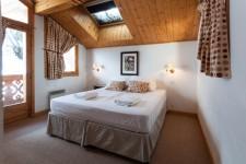 French property for sale in MERIBEL CENTRE, Savoie photo 6
