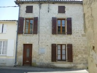 French property for sale in AULNAY, Charente Maritime - €46,000 - photo 1