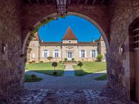chateau for sale in NERACLot_et_Garonne Aquitaine