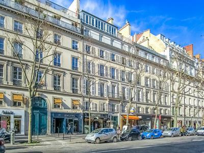 apartmentin PARIS VIII