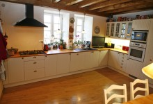 French property for sale in MAREUIL, Dordogne - €304,950 - photo 2