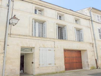 French property, houses and homes for sale in ST SAVINIEN Charente_Maritime Poitou_Charentes
