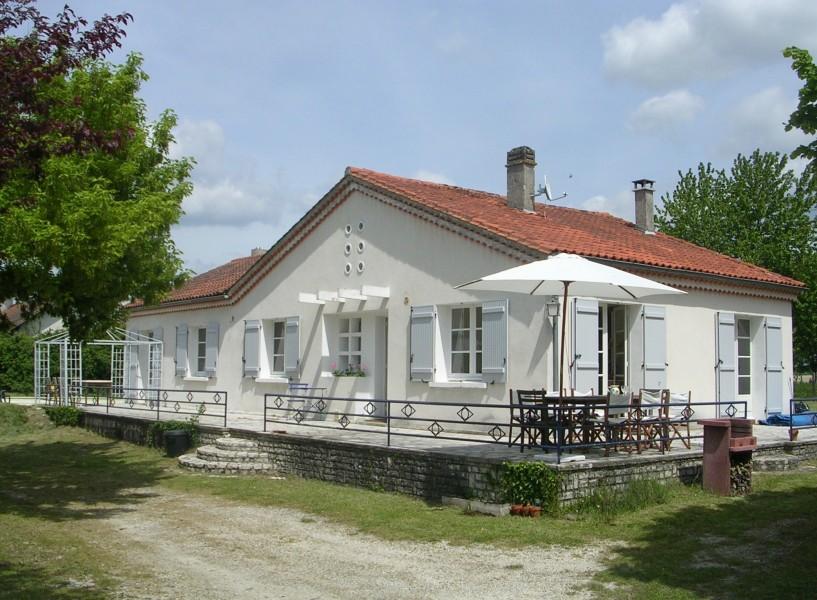 Maison vendre en aquitaine dordogne verteillac maison for Acheter une maison en dordogne