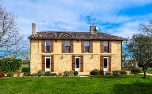 French property, houses and homes for sale in LANGON Gironde Aquitaine