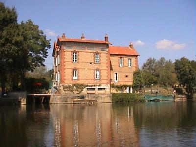 French property, houses and homes for sale in NOYEN SUR SARTHE Sarthe Pays_de_la_Loire