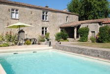 French property, houses and homes for sale inPUJOLSGironde Aquitaine