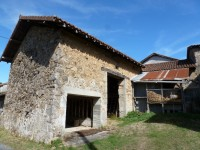 French property for sale in VAYRES, Haute Vienne - €114,450 - photo 2