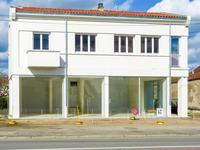 commerce à vendre à CHABANAIS, Charente, Poitou_Charentes, avec Leggett Immobilier