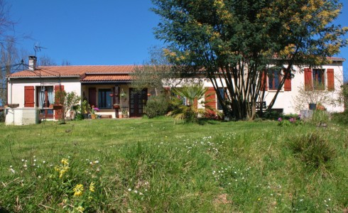 French property, houses and homes for sale in Annepont Charente_Maritime Poitou_Charentes