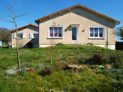 French property, houses and homes for sale in ST VINCENT LA CHATRE Deux_Sevres Poitou_Charentes