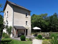 French property, houses and homes for sale inST MICHEL EN BRENNEIndre Centre