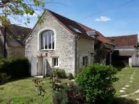 French property for sale in LIGUEIL, Indre et Loire - €291,500 - photo 3