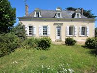 French property for sale in BALLOTS, Mayenne - €286,200 - photo 1