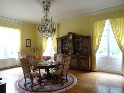 19th Century Château with 2 further homes, in 25 hectares near Bergerac.