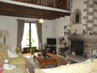French property for sale in HEUGNES, Indre - €286,200 - photo 3