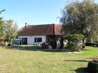 French property for sale in HEUGNES, Indre - €286,200 - photo 10