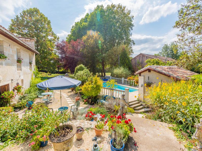 Maison à vendre à LA ROCHEBEAUCOURT ET ARGENTINE(24340) - Dordogne