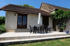 French property for sale in ISSAC, Dordogne - €399,990 - photo 3