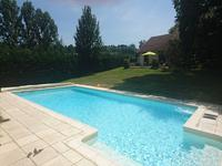 French property for sale in ISSAC, Dordogne - €399,990 - photo 4