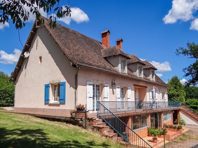 Maison à vendre à BUSSIERE BADIL(24360) - Dordogne