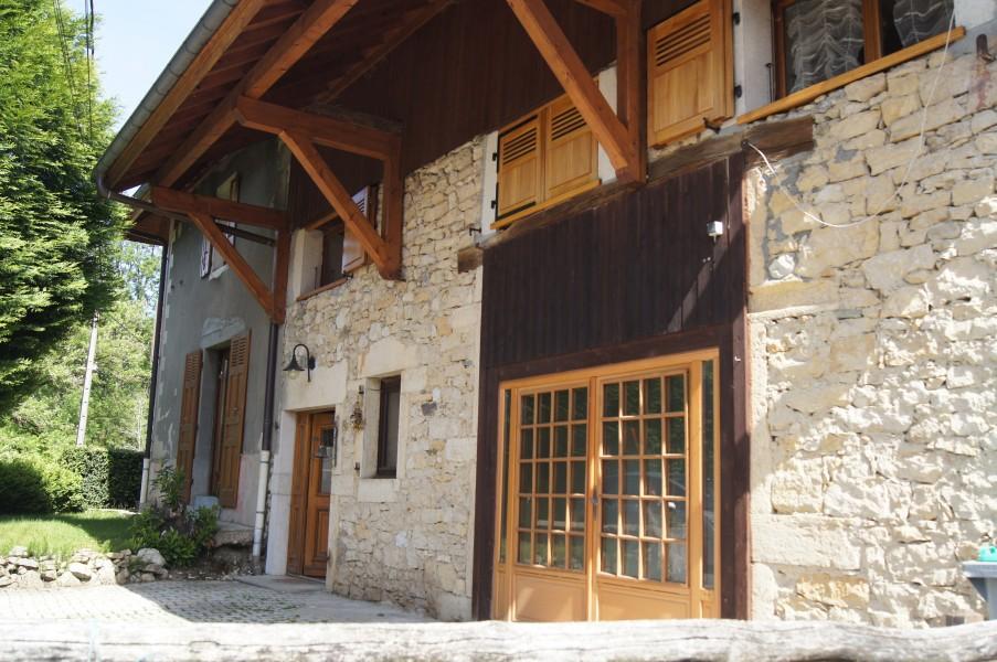 maison vendre en rhone alpes savoie aix les bains belle maison de famille ou chambre d 39 h tes. Black Bedroom Furniture Sets. Home Design Ideas