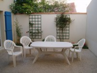 French property for sale in LES MATHES, Charente Maritime - €364,500 - photo 2