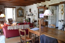 French property for sale in VILLEBOIS LAVALETTE, Charente - €315,000 - photo 2