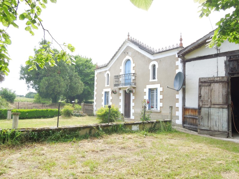 Maison vendre en midi pyrenees gers laree charmante for Acheter maison gers