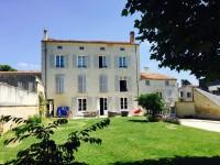 maison à vendre à FONTENAY LE COMTE, Vendee, Pays_de_la_Loire, avec Leggett Immobilier