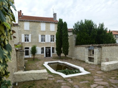 French property, houses and homes for sale in FRONTENAY ROHAN ROHAN Deux_Sevres Poitou_Charentes