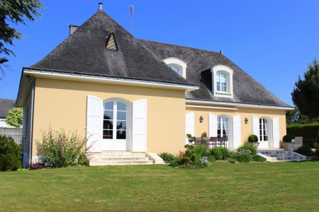 French property, houses and homes for sale in SEGRE Maine_et_Loire Pays_de_la_Loire