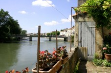 French property for sale in ST SAVINIEN, Charente_Maritime photo 1