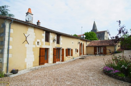 French property, houses and homes for sale in MOUTERRE SILLY Vienne Poitou_Charentes