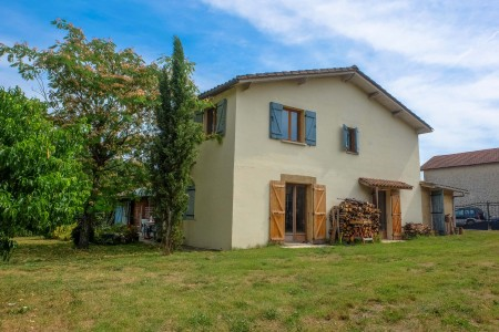 French property, houses and homes for sale in ST MICHEL DE RIEUFRET Gironde Aquitaine