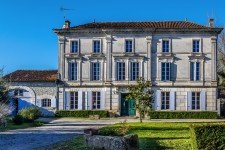 French property, houses and homes for sale inJonzacCharente Poitou_Charentes