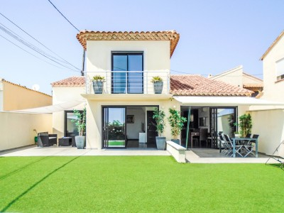 French property, houses and homes for sale in SAUSSET LES PINS Bouches_du_Rhone Provence_Cote_d_Azur