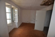 French property for sale in LUCHAPT, Vienne - €17,500 - photo 5