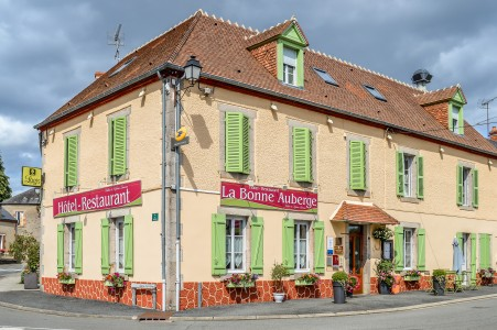 French property, houses and homes for sale in NOUZERINES Creuse Limousin
