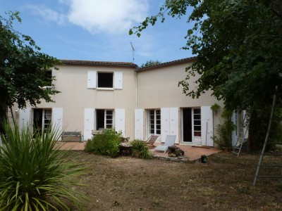 French property, houses and homes for sale in NIEUL SUR MER Charente_Maritime Poitou_Charentes