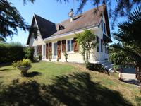 houses and homes for sale inLOCHE SUR INDROISIndre_et_Loire Centre