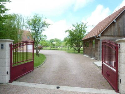 French property, houses and homes for sale in BONNEVILLE LA LOUVET Calvados Normandy