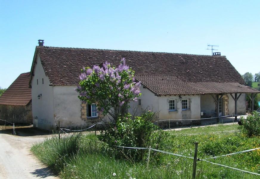 Maison vendre en aquitaine dordogne montignac p rigord for Camping a la ferme dordogne avec piscine