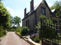 French property for sale in DUN LE PALESTEL, Creuse photo 1