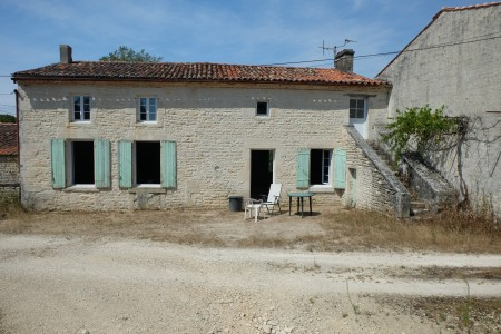French property, houses and homes for sale in ST MANDE SUR BREDOIRE Charente_Maritime Poitou_Charentes