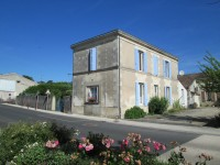 houses and homes for sale inMONTENDRECharente_Maritime Poitou_Charentes