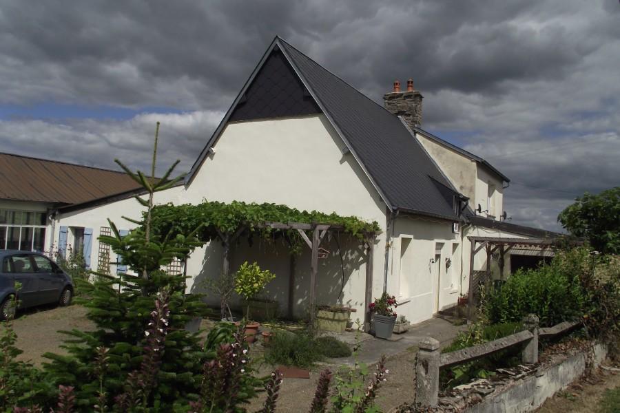 Maison vendre en basse normandie calvados pierres for Acheter garage pour louer rentable