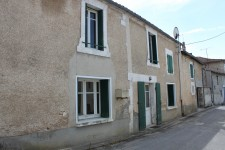 French property for sale in LA CHAPELLE, Charente - €36,000 - photo 1