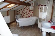 French property for sale in LA CROIX SUR GARTEMPE, Haute Vienne - €258,940 - photo 7
